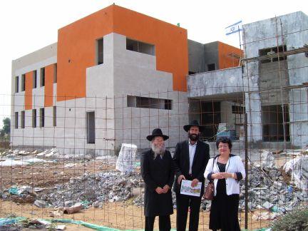 Rabbi Lieberrman, Rabbi Vilenkin & MK Marina Solodkin at Shlavim Center